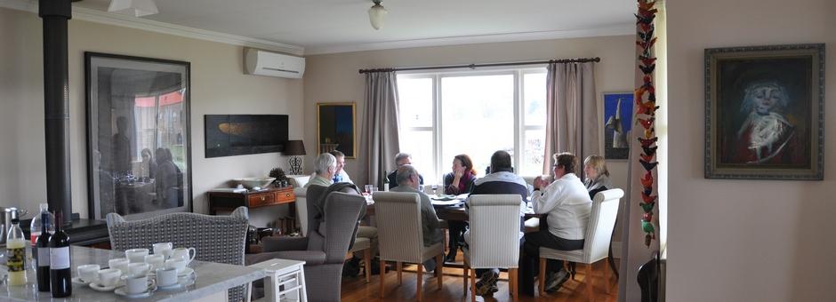hero-committee-meeting-christmas2012
